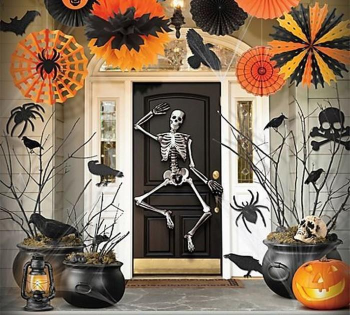 skeleton halloween front porch decor - Halloween Outside Decorations Ideas