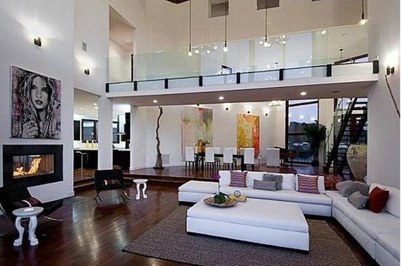 Stylish Living Room With High Ceiling Part 69