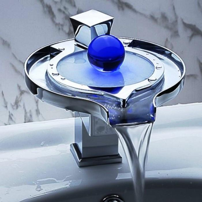 Unique And Stunning Bathroom Vanity Faucet