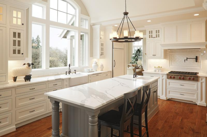 Beautiful U Shaped Kitchen