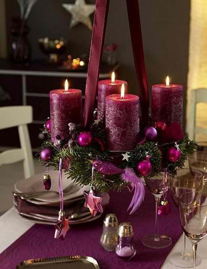 classy christmas centerpieces for a very jolly holiday table, Beautiful flower