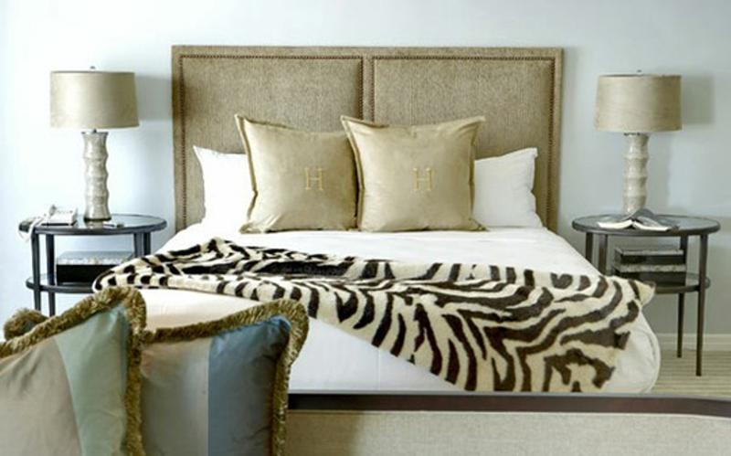 Animal Print in 33 Chic and Modern Bedroom Designs - Rilane