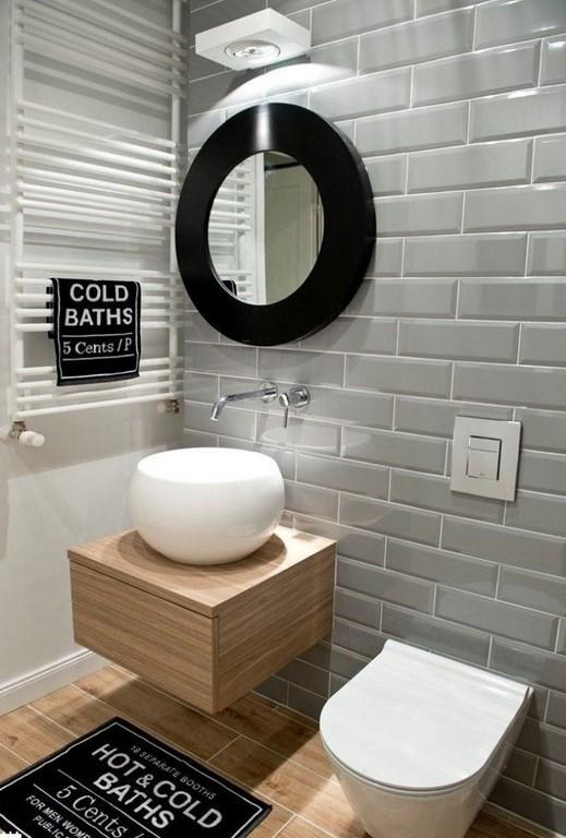 Gentil Contemporary Bathroom With Subway Tiles