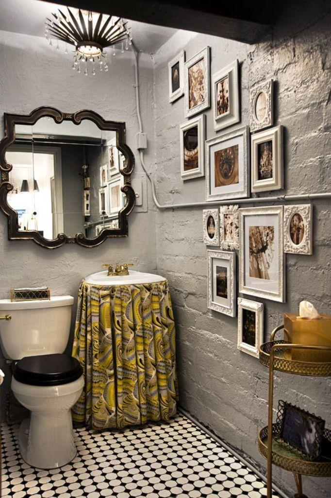 eclectic bathroom with gallery wall - Eclectic Bathroom