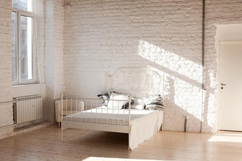 Awesome Serene Bedroom Whitewash Brick Walls