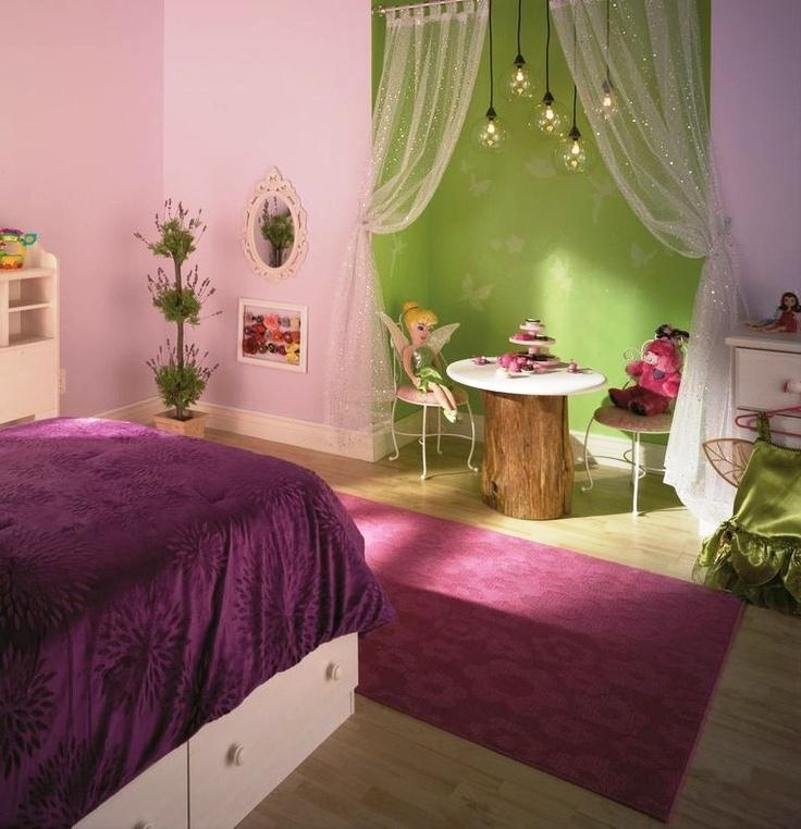 Tinkerbell bedroom in 15 dreamy designs rilane for Tinkerbell bedroom furniture