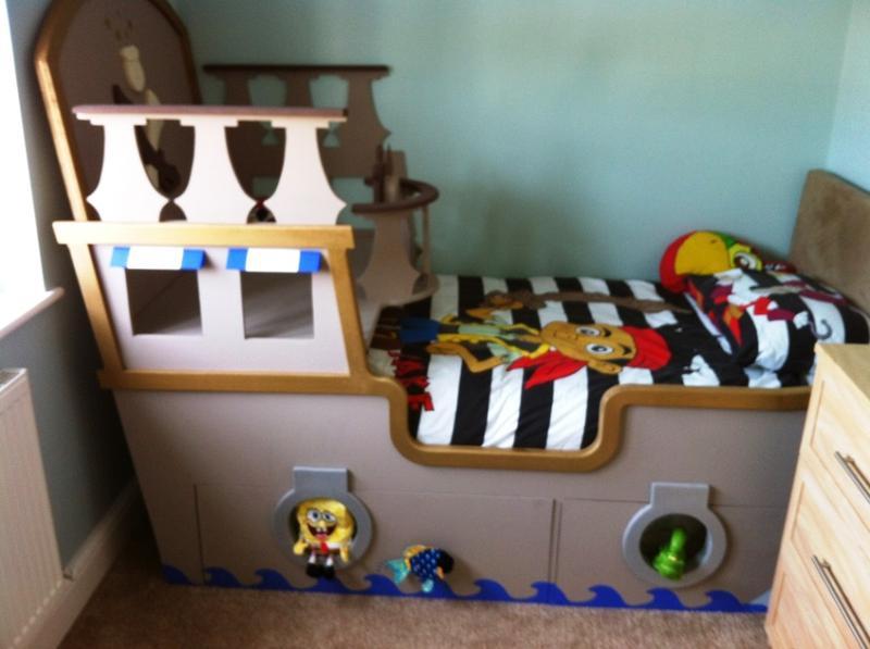 fun pirate ship design with captain deck - Lit Pirate