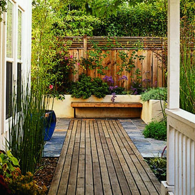11 inexpensive landscaping ideas for better outdoors rilane for Landscaping ideas for very small areas